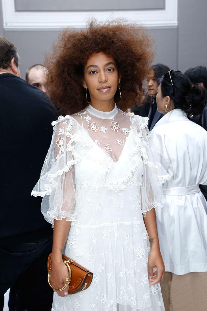Chloe : Front Row Paris Fashion Week