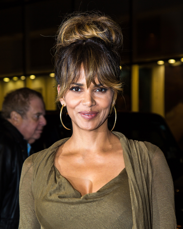 Celebrity Sightings In New York City - November 18, 2015