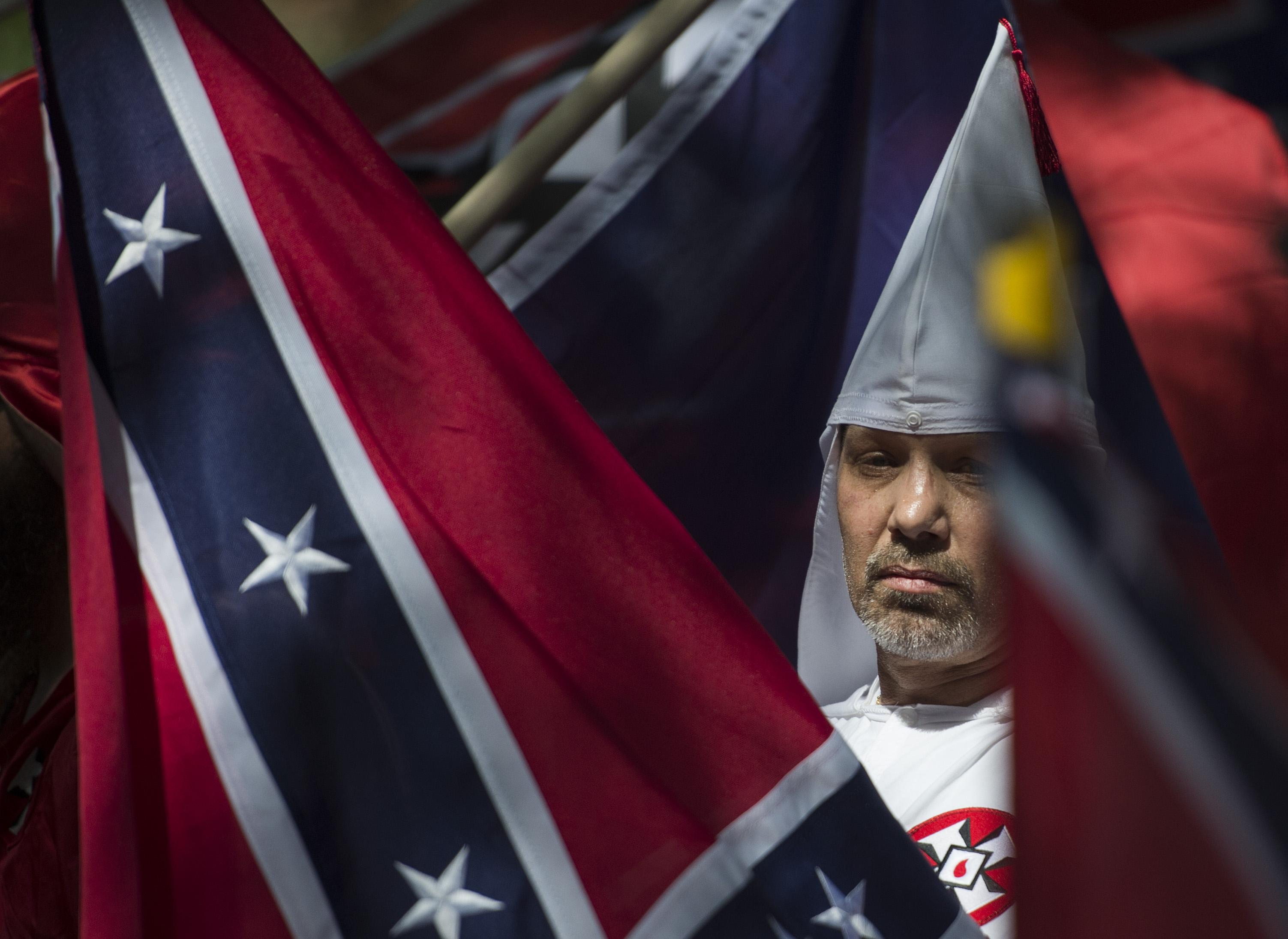US-RACISM-POLICE-SOCIAL
