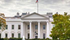 White House fence and fountain, Pennsylvania Ave, Washington DC, USA