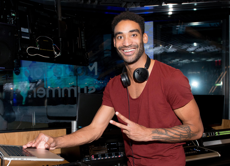 Samsung Summer Concert Series - DJ Zeke Featuring Noah Cyrus