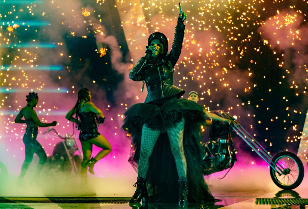 Cardi B performs at 2018 iHeartRadio Music Awards