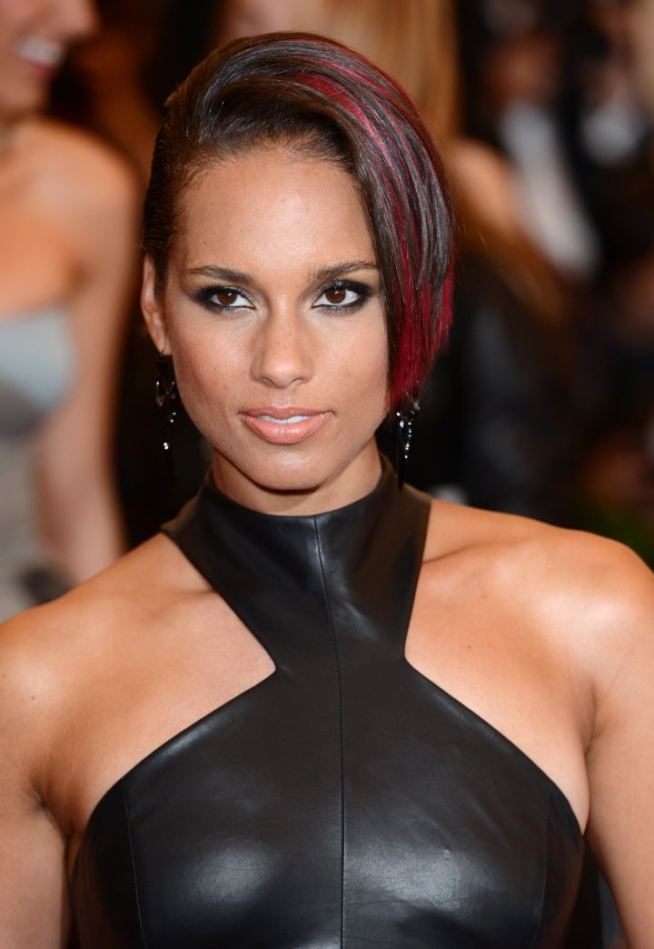 25 of Alicia Keys' Most Fire Looks Throughout the Years