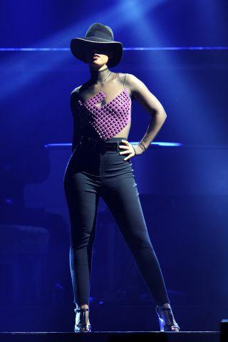 Alicia Keys' Set The World On Fire Tour At The Palaolimpico