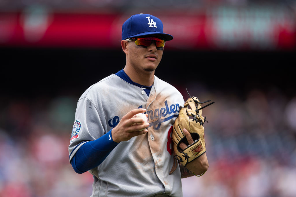 Manny Machado Inks Record Setting $300M With The San Diego Padres