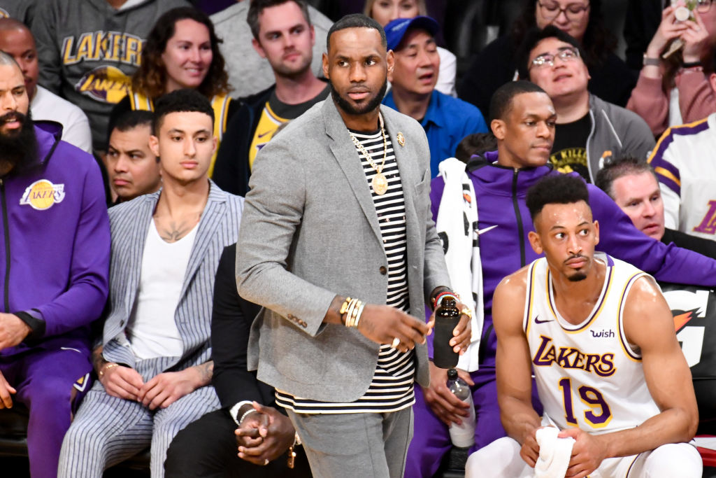 "LeBron James ""In Contact"" With Kawhi Leonard & Jimmy Butler"