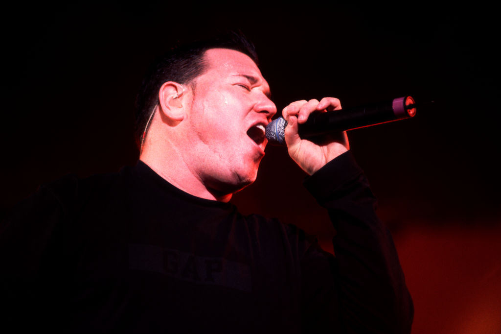 Steve Harwell Performs On Stage