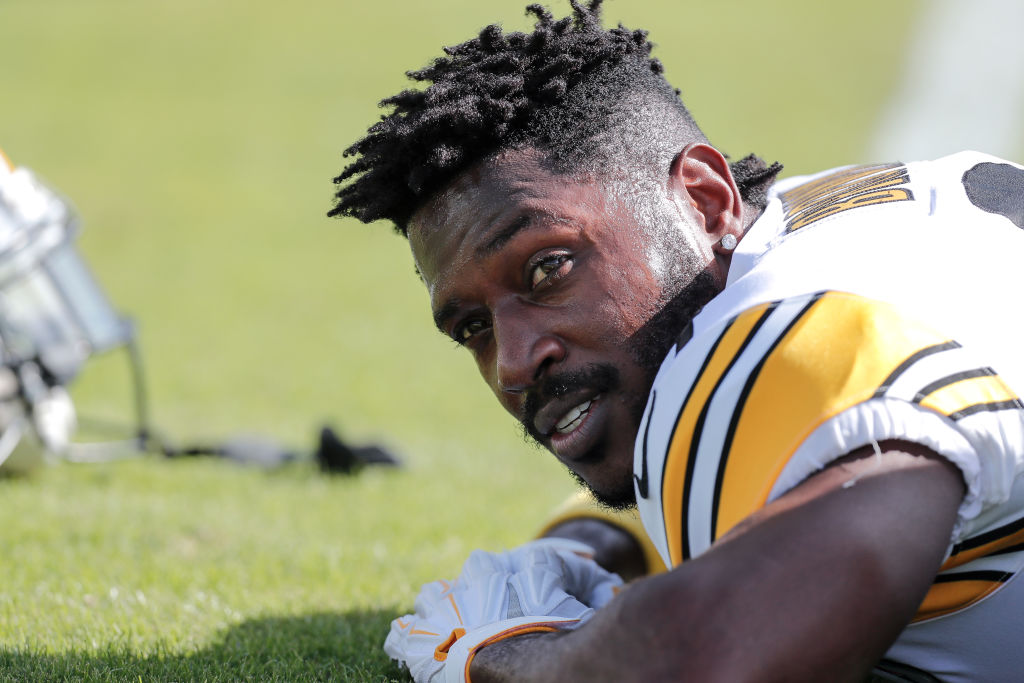 Antonio Brown's Foot Injury The Result of Suffering Extreme Frostbite