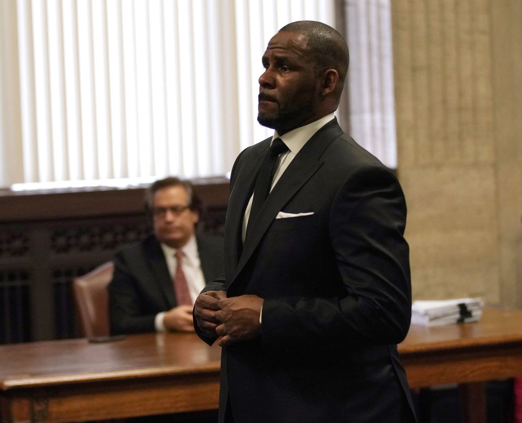 R.Kelly Wants To Hire Michael Jackson's Former Attorney Tom Mesereau