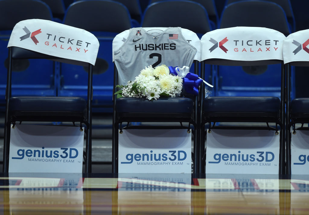 The Uconn Huskies Honor Gianna Bryant By Making Her A Huskie Posthumously