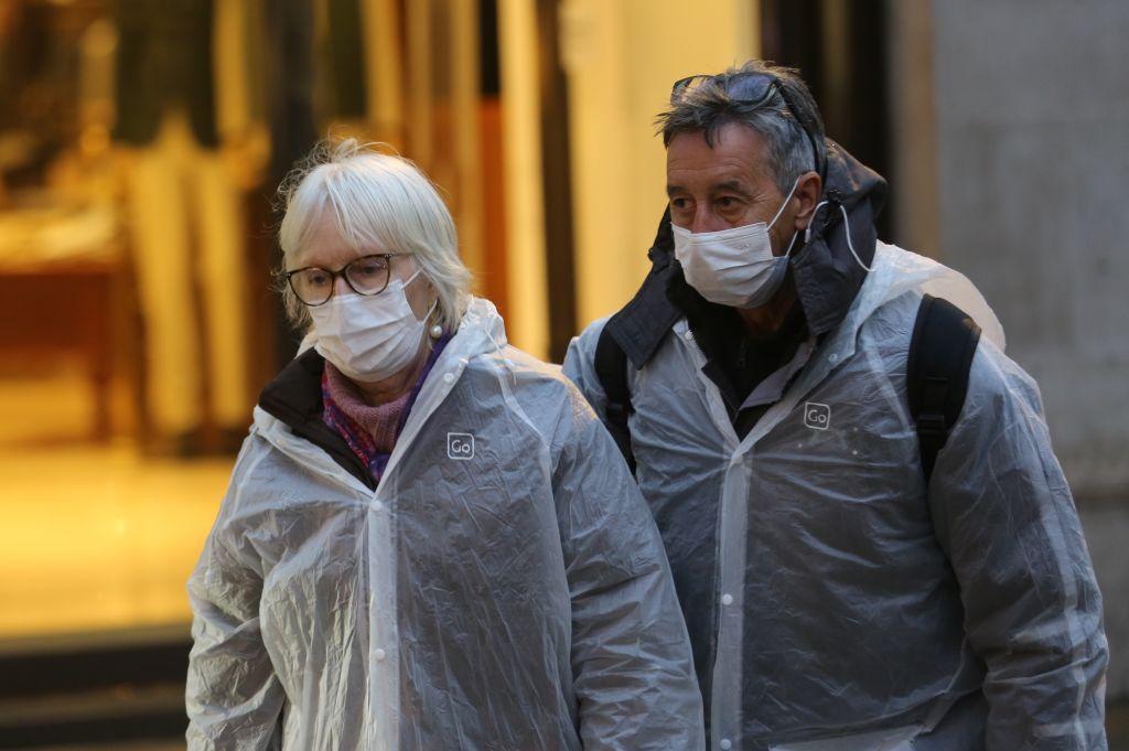 Coronavirus cases rise to 319 in UK
