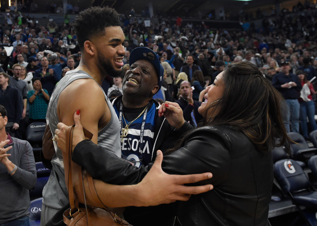 Kentucky Coach John Calipari Gives Update On Karl-Anthony Towns' Mother