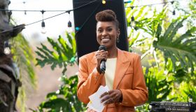 Insecure S4E1