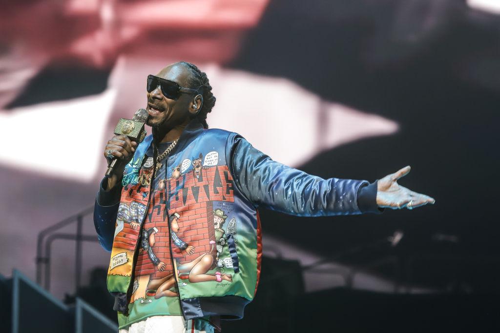 "Snoop Dogg Warns Tekashi 6ix9ine, Tells Him He ""Better Leave Him Alone"""