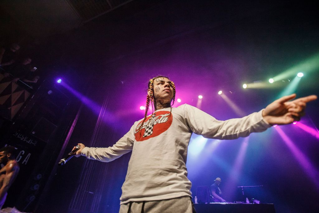 "Tekashi 6ix9Ine Calls Out Meek Mill Following Release of ""Trollz'"