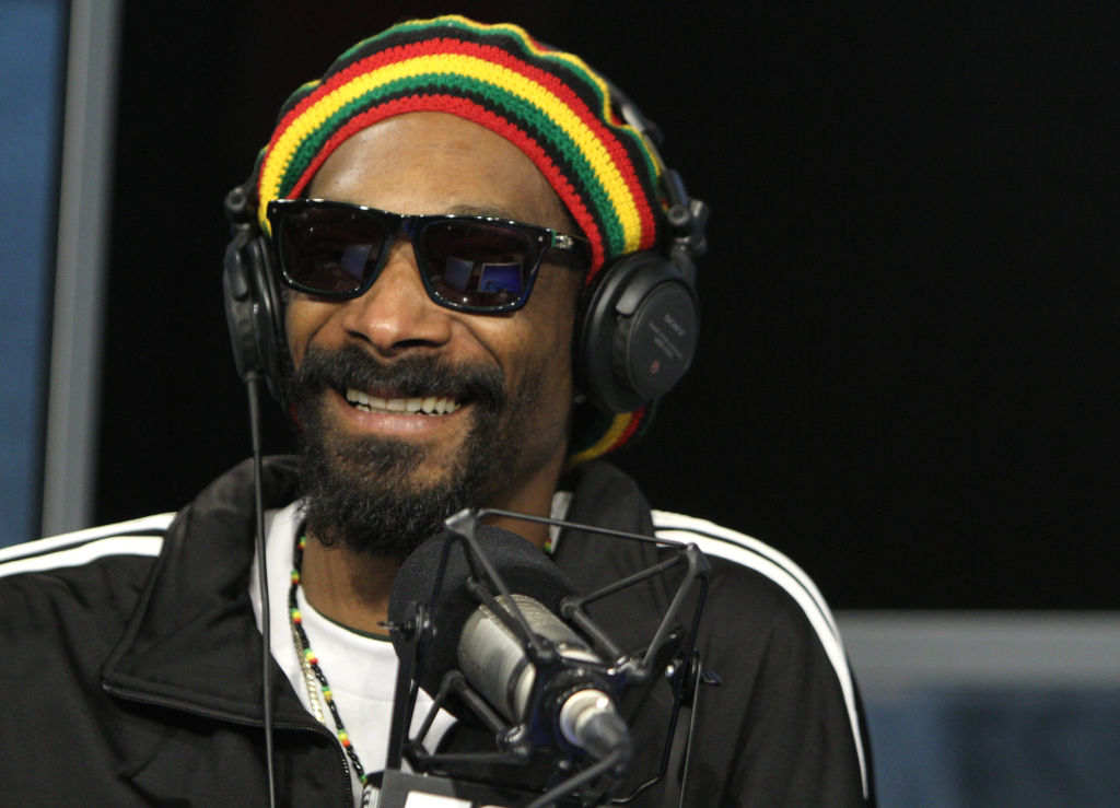 Snoop Dogg Shares Video of Kanye West & Dr. Dre In The Studio
