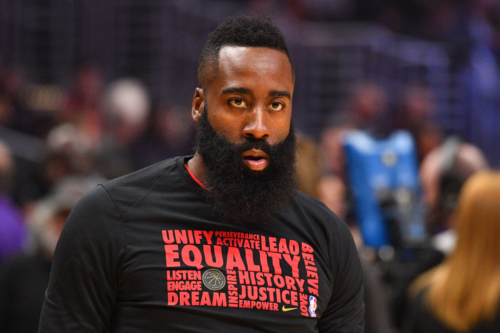 """Twitter Reacts To James Harden Allegedly Rocking A """"Thin Blue Line"""" Mask"""