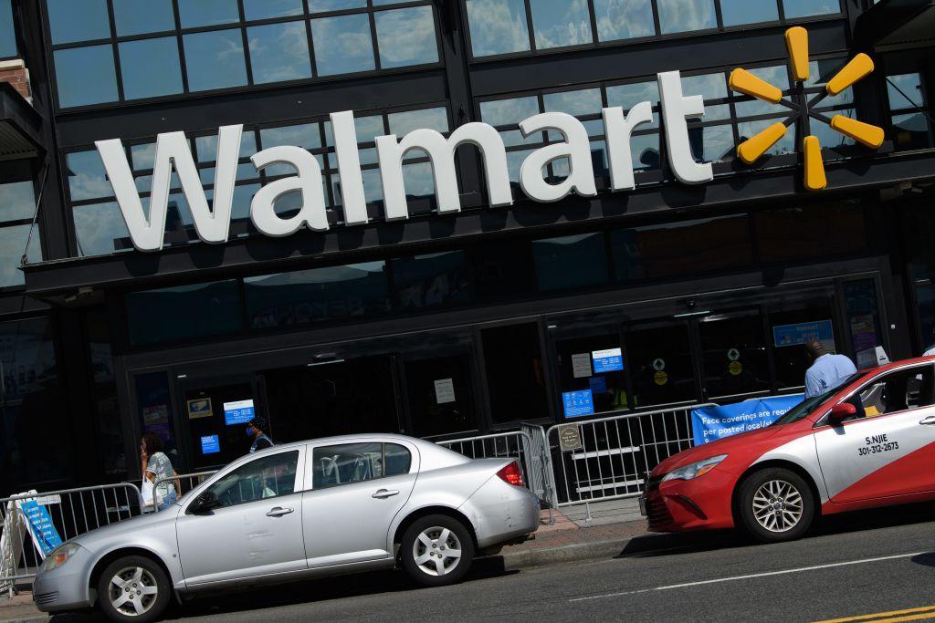 US-ECONOMY-RETAIL-WALMART