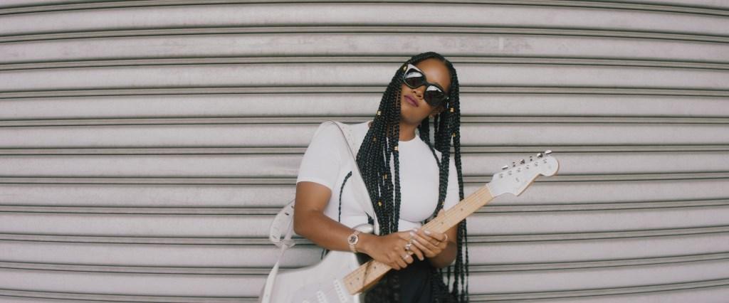 HER x Fender against gate