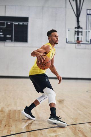 UA Curry Flow 8