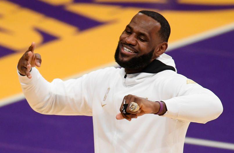 Los Angeles Lakers Championship Rings Honor Kobe Bryant & Social Justice