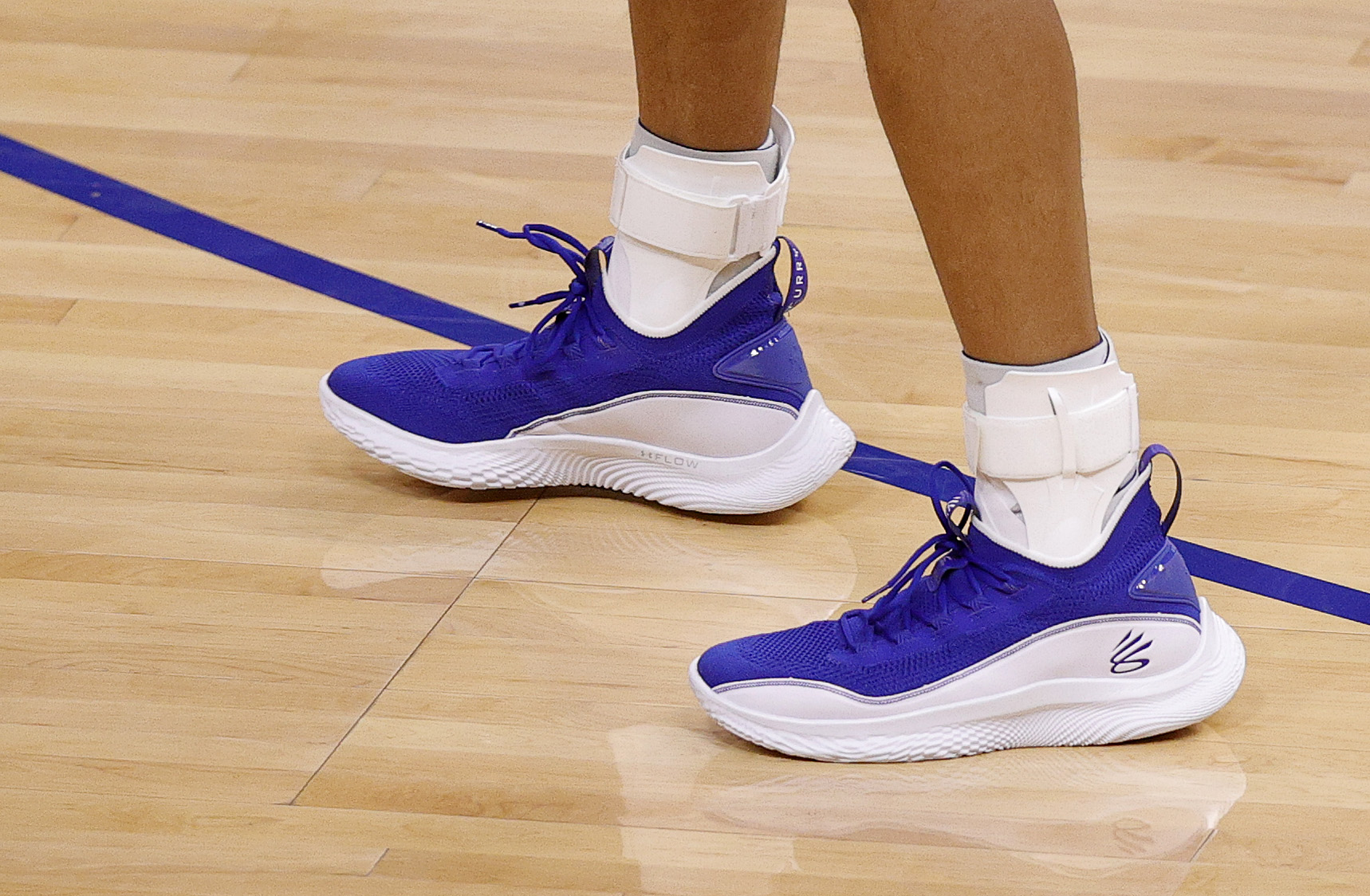 Steph Curry Gives Away 62 Pairs of Curry 8 Sneakers Student Athletes