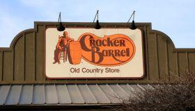 Cracker Barrel store and restaurant entrance sign