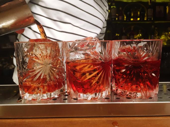 Negroni Cocktail Preparation
