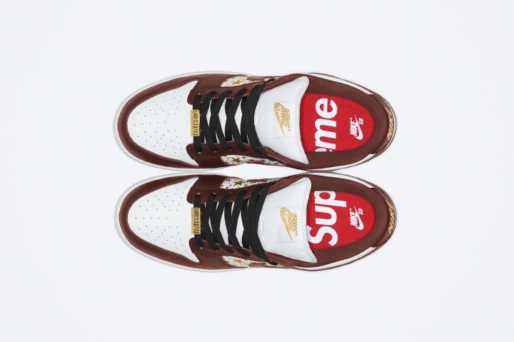 Supreme X Nike SB Dunk Low