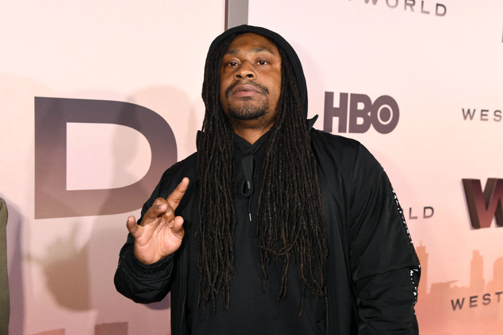 "Marshawn Lynch Asks Dr. Fauci If The COVID-19 Vaccine Will ""F*** Him Up?"""