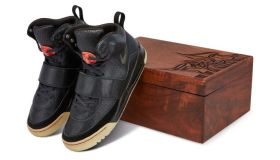 Kanye West 'Grammy Worn' Nike Air Yeezy Sample