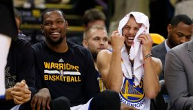 Golden State Warriors' Stephen Curry (30) laughs on the bench with Golden State Warriors' Kevin Durant (35) during their game against the Charlotte Hornets in the fourth quarter at Oracle Arena in Oakland, Calif. on Wednesday, Feb. 1, 2017. (Nhat V. Meyer