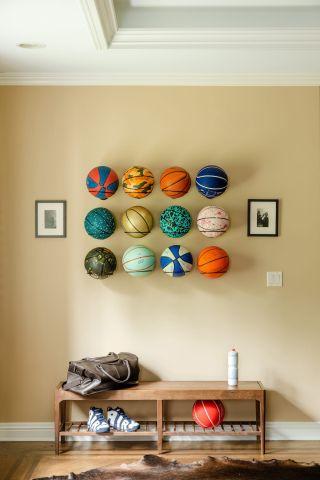 Scottie Pippen's Chicago Mansion On airbnb