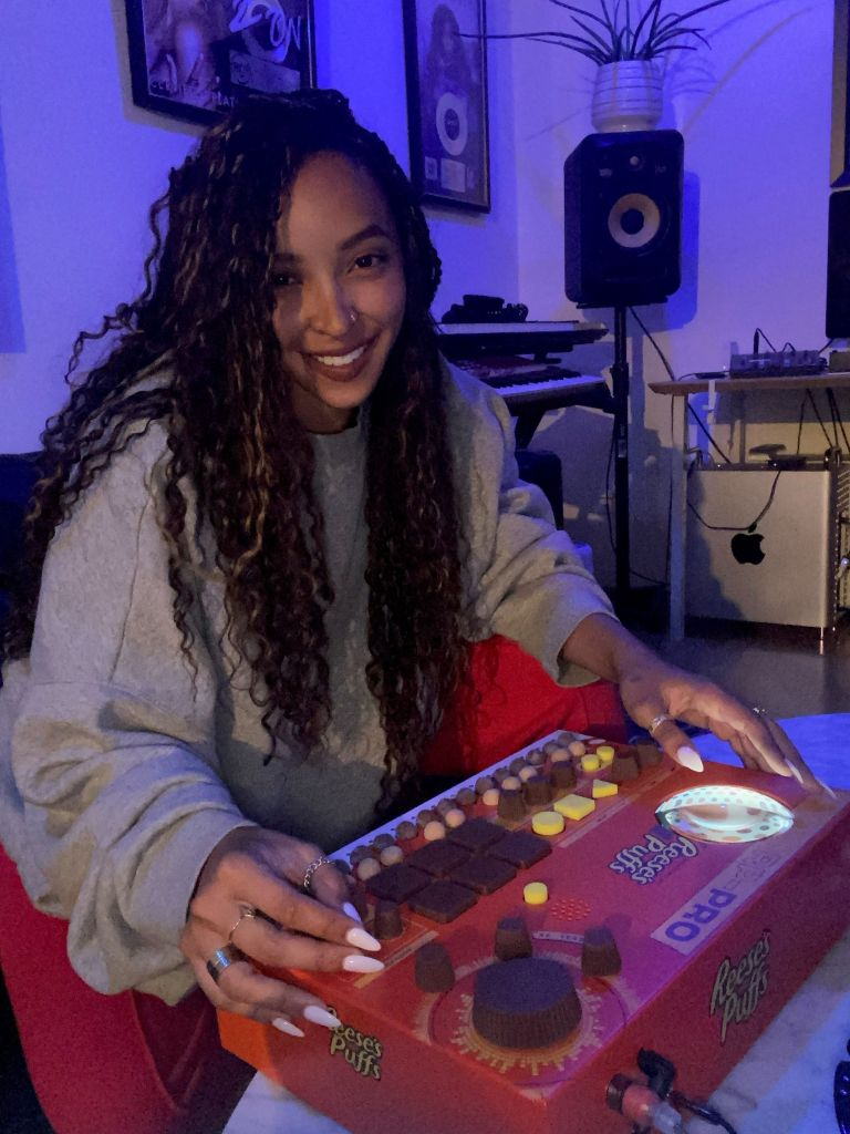 Tinashe X Reese's Puffs Music Boxes
